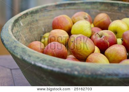 Organic red apples