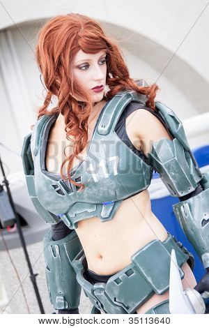 Halo female cosplayer in armor