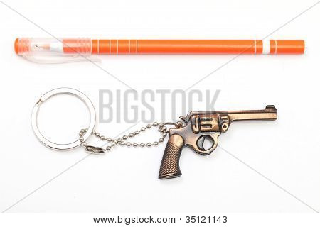 Speelgoed pistool en Pen