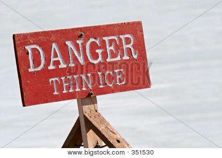 Gefahr dünnem Eis