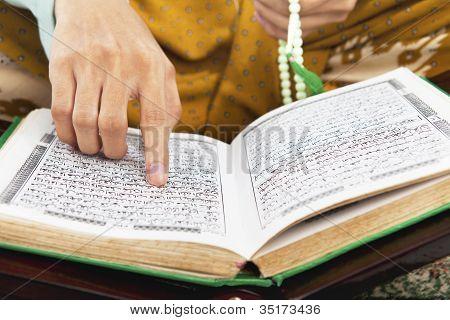 Reading Al-quran
