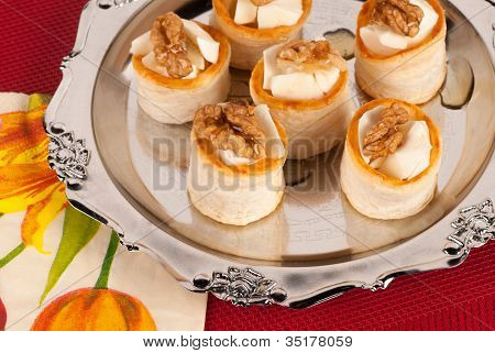 Tray  Vol Au Vents