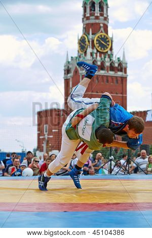 MOSCOW - MAY 27: First All-Russian tournament on Russian traditional struggle For Collar, dedicated to 67th anniversary of Great Victory on Red Square, May 27, 2012, Moscow, Russia.