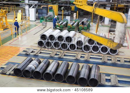 Huge sleeve for winding sheets of aluminum