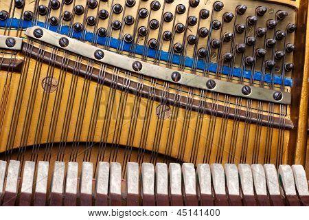 alte in Element-Klavier