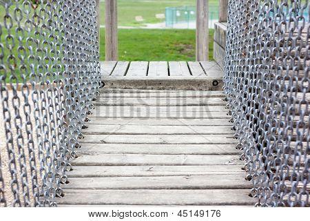 Puente levadizo del patio