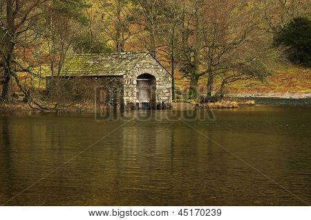 The lonely Boathouse