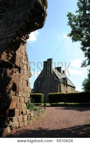 Rosslyn Castle Manor House