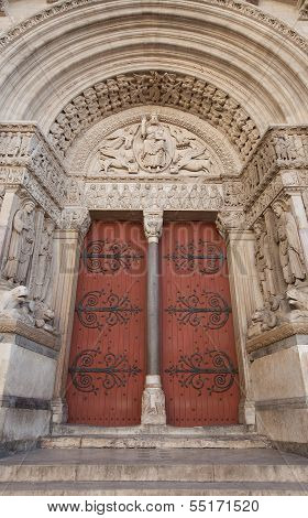 Portal (1190) Of Saint Trophime Cathedral In Arles, France