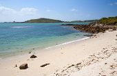 picture of deserted island  - White sands at Appletree Bay - JPG