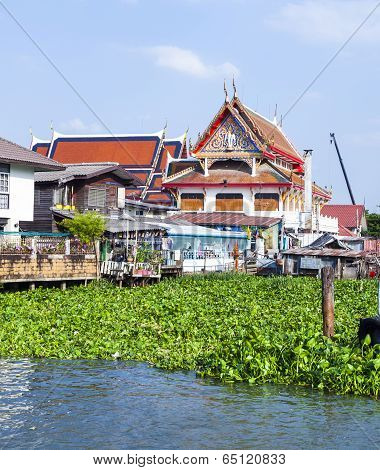 Temple At The River Mae Nam Chao Phraya