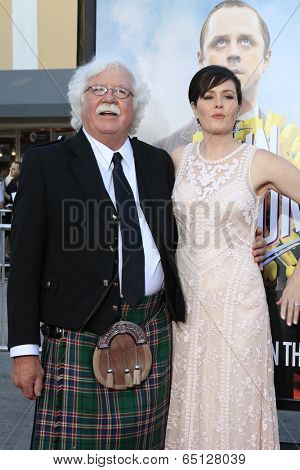 LOS ANGELES - MAY 15:  Ronald MacFarlane, Rachael MacFarlane at the