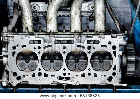 Worn out engine head