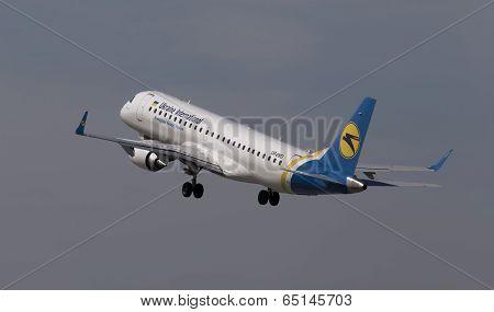 Departing Ukraine International Airlines Embraer ERJ190-100 aircraft
