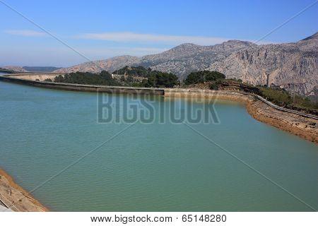 Dam At Sierra De Almorchon