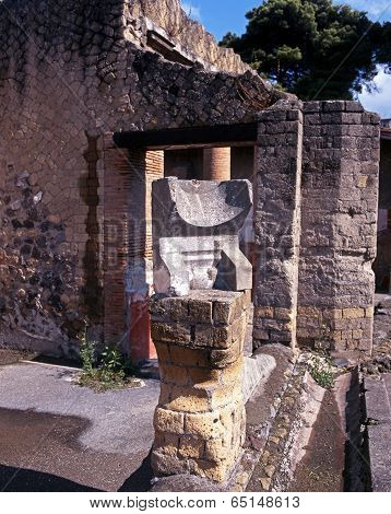 Roman Sundial, Herculaneum.