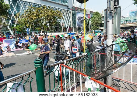 Bangkok - February 2: Live Broadcast Sattlite Dish For Thailand's Protest Against The Government
