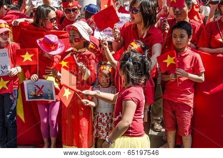 Vietnamese children at protest