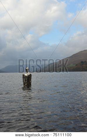 Statue in Loch