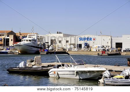 Small Motor Boat Dock