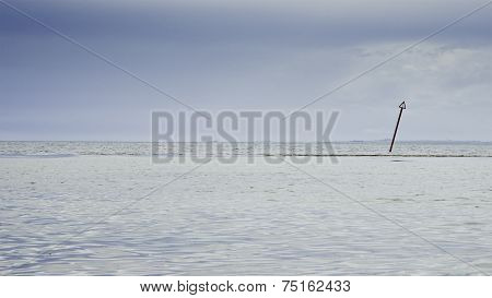 Isolated Signal In The Sea
