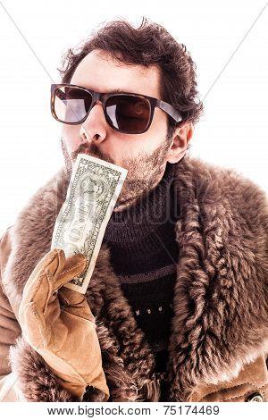 Dollar Kiss