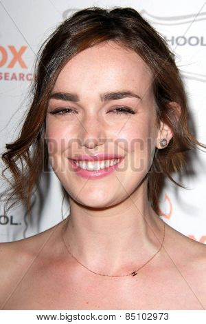 LOS ANGELES - MAR 7:  Elizabeth Henstridge at the Raising The Bar To End Parkinsons Event at the Public School 818 on March 7, 2015 in Sherman Oaks, CA