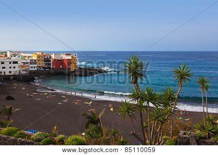 Beach in Puerto de la Cruz - Tenerife island (Canary Spain)