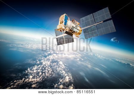 spacecraft circling earth - photo #10