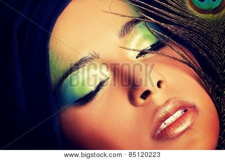 Beauty woman with artistic make up.
