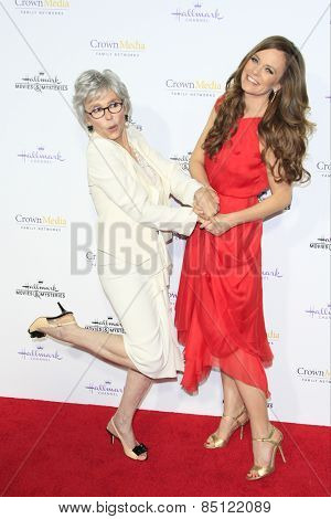 LOS ANGELES - JAN 8: Rita Moreno, Rachel Boston at the TCA Winter 2015 Event For Hallmark Channel and Hallmark Movies & Mysteries at Tournament House on January 8, 2015 in Pasadena, CA