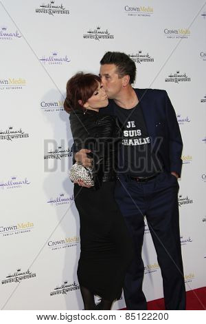 LOS ANGELES - JAN 8: Marilu Henner, William Baldwin at the TCA Winter 2015 Event For Hallmark Channel and Hallmark Movies & Mysteries at Tournament House on January 8, 2015 in Pasadena, CA