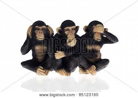 statuette of three monkeys