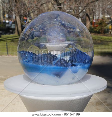 Gazing Globes installation by Paula Hayes in Madison Square Park