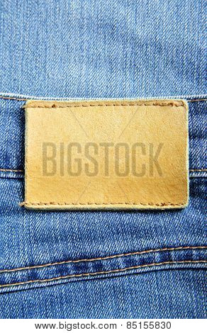 Jeans with blank leather label