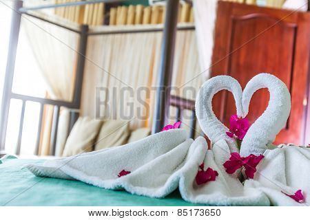 towel decoration in hotel room, towel birds, swans, room interior