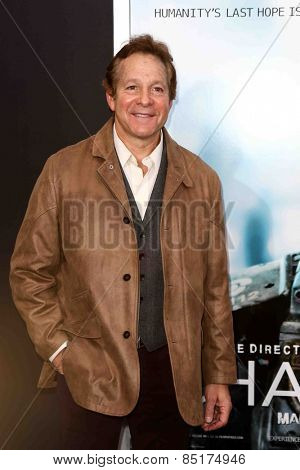 NEW YORK-MAR 4: Actor Steve Guttenberg attends the premiere of