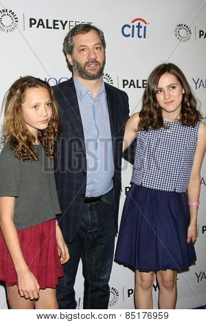 LOS ANGELES - MAR 8:  Iris Apatow, Judd Apatow, Maude Apatow at the PaleyFEST LA 2015 -