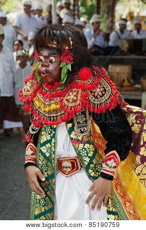 Artist of the traditional Balinese theatre Topeng