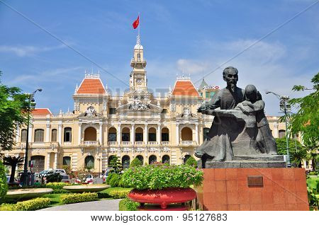 Statue of Ho Chi Minh in front of People's Committee Building in Vietnam.