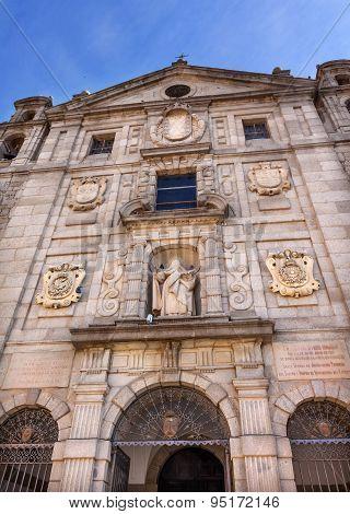 Convento De Santa Teresa Facade Swallows Avila Castile Spain