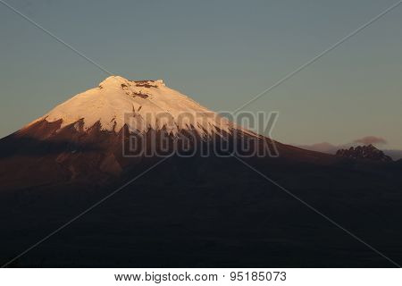 Cotopaxi And Morurco