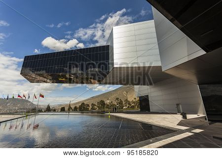 Building Unasur, Union Of South American Nations.