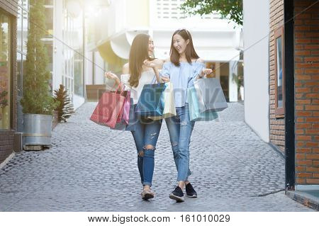 Business Shopping Situation Idea Concept.