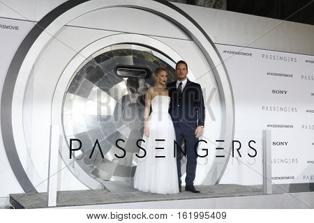 LOS ANGELES - DEC 14:  Jennifer Lawrence, Chris Pratt at the