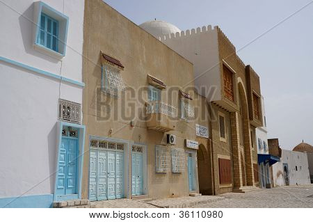 traditional architecture in the tunisian Kairouan