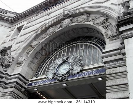 Entrance to Waterloo Train Station