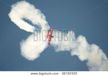 Air Show - Acrobatic Plane