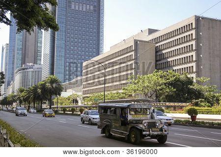 Jeepney Ayala Avenue Metro Manila Filipinas