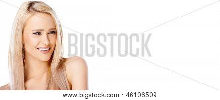Porträt von blonde Frau sucht sie auf der rechten Seite isoliert auf weißem Hintergrund